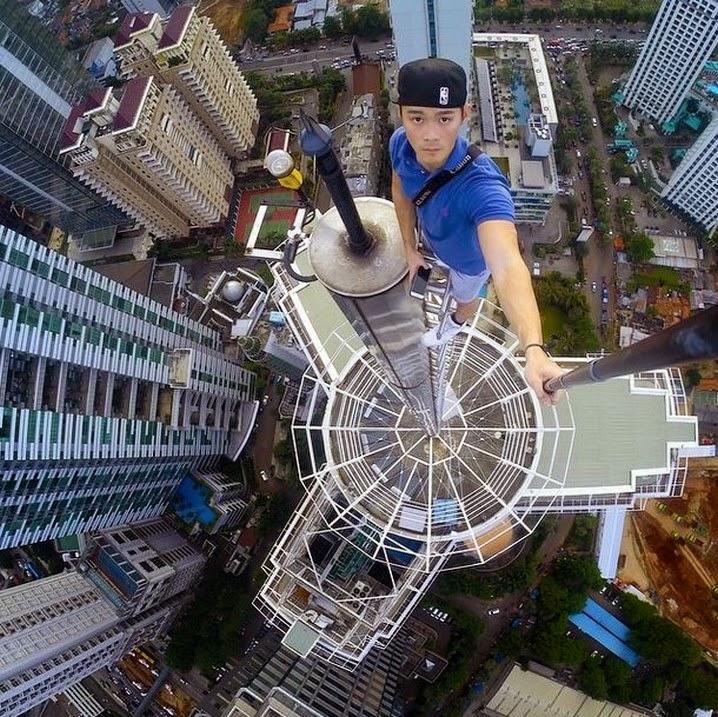 Skyscraper Selfies (3)
